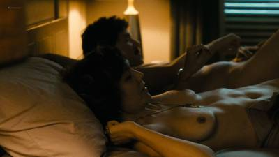 Maggie Gyllenhaal nude topless and sex Kayla Foster and Olivia Luccardi nude too - The Deuce (2017) s1e5 HD 1080p (13)
