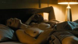 Maggie Gyllenhaal nude topless and sex Kayla Foster and Olivia Luccardi nude too - The Deuce (2017) s1e5 HD 1080p