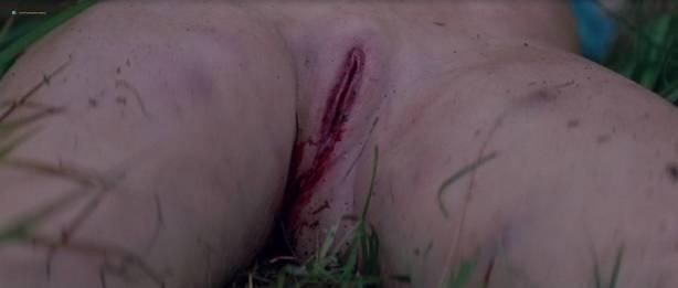 Séverine Caneele nude sex and explicit body parts - L'humanité (FR-1999) HD 720p BluRay (13)