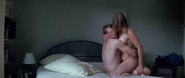 Séverine Caneele nude sex and explicit body parts - L'humanité (FR-1999) HD 720p BluRay (6)