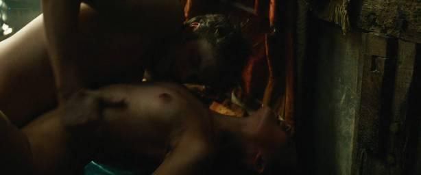 Alicia Vikander nude sex Holliday Grainger and Cara Delevingne nude sex too - Tulip Fever HD 1080p (2017) (4)