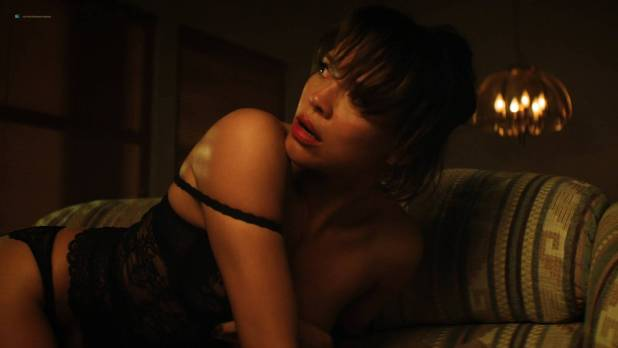 Carmen Ejogo hot sexy and some sex - The Girlfriend Experience (2017) s2e2-4 HD 1080p (3)