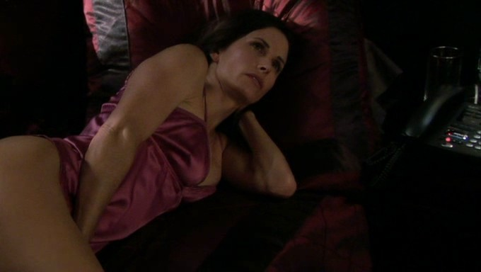 Courtney Cox hot sex and sexy - Dirt (2007) S1 (19)