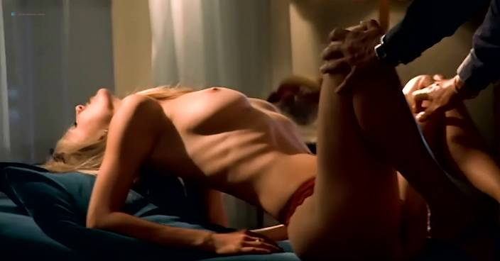 Eva Aichmajerová nude full frontal Anna Polívková and Barbora Seidlová nude sex - Bolero (CZ-2004) (17)