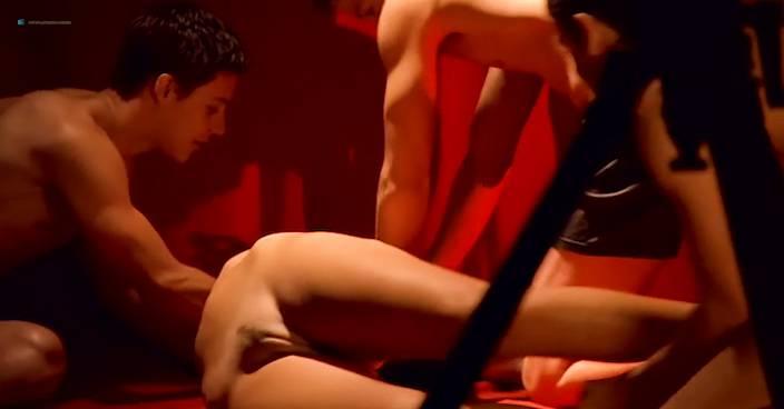 Eva Aichmajerová nude full frontal Anna Polívková and Barbora Seidlová nude sex - Bolero (CZ-2004) (5)