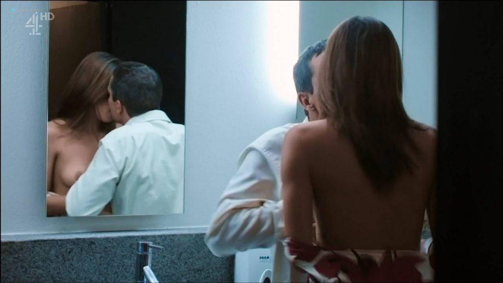 Margarita Muñoz nude topless and sex - Sr. Ávila (ES-2013) s1e1 HDTV 720p (11)