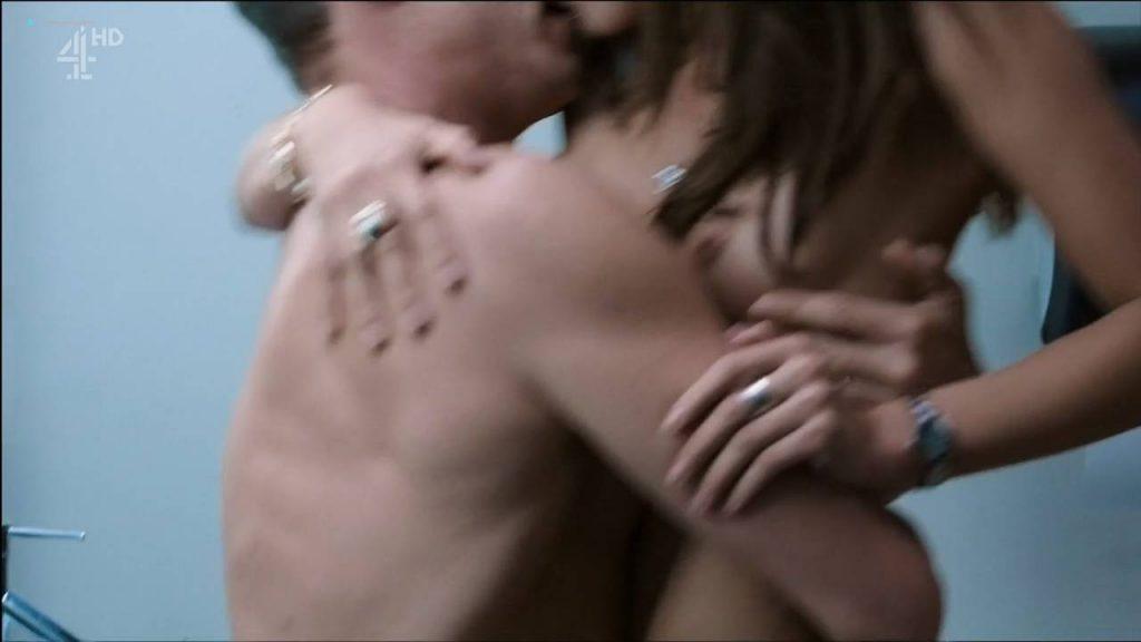 Margarita Muñoz nude topless and sex - Sr. Ávila (ES-2013) s1e1 HDTV 720p (7)