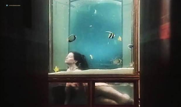 Marina Pierro nude bush and wet Milena Vukotic, Mireille Pame and others nude - Ars amandi (FR-1983) (3)