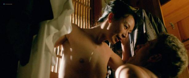 Yoko Shimada nude and sex Julie Condra hot - Crying Freeman (1995) HD 1080p BluRay (4)