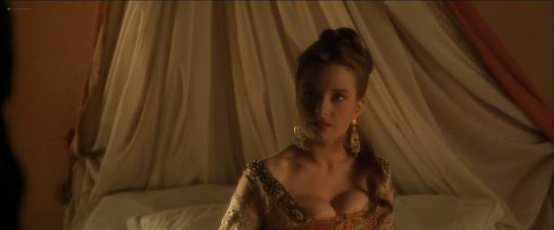 Catherine McCormack nude topless and sex - Dangerous Beauty (1998) HD 1080p Web (10)