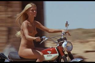 Gilda Texter nude butt and boobs Victoria Medlin and Cherie Foster briefly nude – Vanishing Point (1971) HD 1080p BluRay