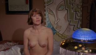 Glenda Jackson nude topless and sex Sharon Gurney, Jennie Linden  nude topless and butt - Women in Love (UK-1969) HD 1080p BluRay