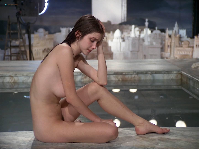 isabelle huppert nude pics