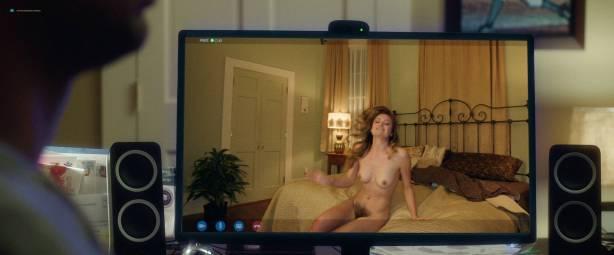 Leah McKendrick nude bush (merkin) and boobs Mila Kunis hot - Bad Moms (2016) 1080p BluRay (10)