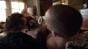 Shanola Hampton and Isidora Goreshter hot lesbian sex and threesome – Shameless (2017) s8e6 HD 1080p (9)
