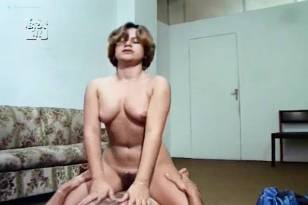 Vanessa Alves nude bush sex threesome Lia Furlin and others nude - A Menina e o Estuprador (BR-1982)