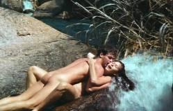 Vanessa Alves nude full frontal Helena Ramos and Alvamar Taddei nude bush - Volúpia de Mulher (BR-1984) (18)
