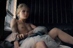 Yuliya Khlynina nude topless and sex – The Duelist (RU-2016) HD 1080p Web