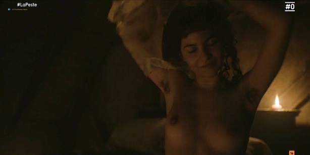 Patricia López nude full frontal Cecilia Gómez, Lupe del Junco and others nude bush, topless - La peste (ES-2018) s1 HDTV 1080p (19)