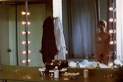 Patsy Kensit nude topless in the shower and Amy Irving nude full frontal - Kleptomania (1995) VHS (2)