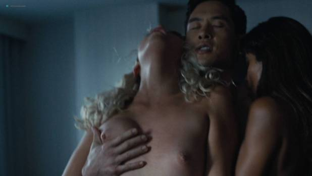 Lauren Compton nude sex Paige Mobley, Nicole Alexandra Shipley, Katrina Inagaki all nude sex - Here and Now (2018) s1e2 HD 1080p (2)