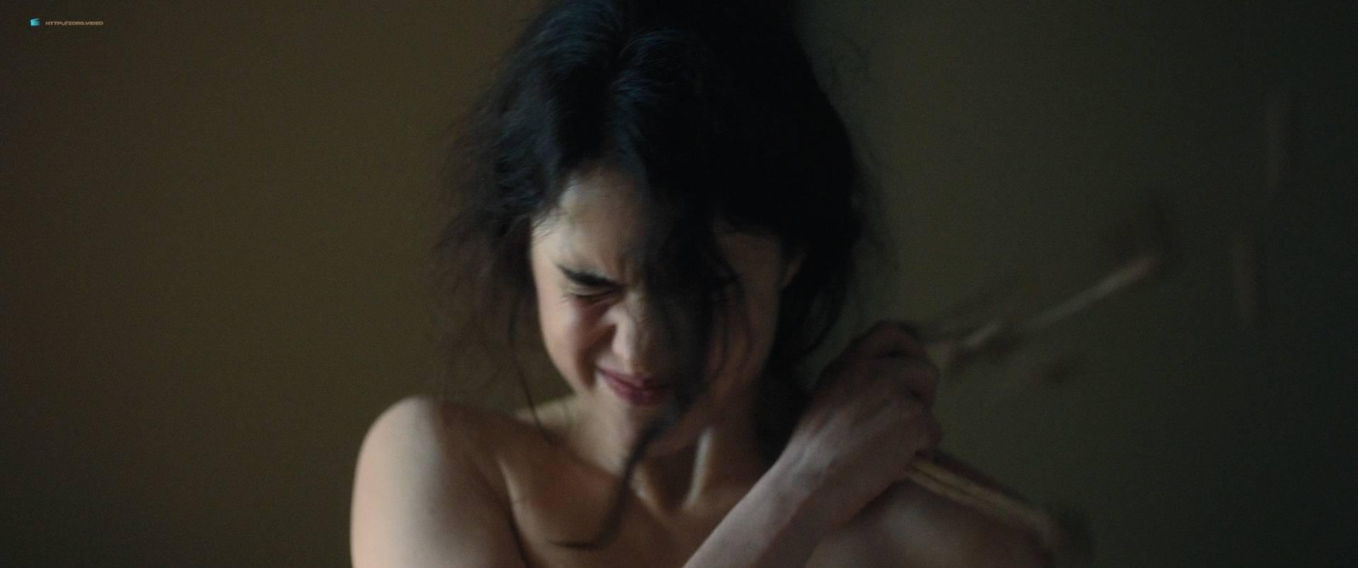 Margaret Qualley nude topless if her in brief scene - Novitiate (2017) HD 1080p BluRay (8)