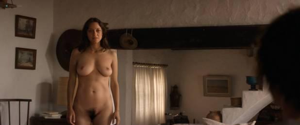 Marion Cotillard nude full frontal Alba Rohrwacher nude nipple - Les fantômes d'Ismaël (FR-2017) HD 1080p BluRay (9)