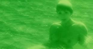 Neda Arneric nude skinny dipping and some sex - Venom (DE-1971) (13)