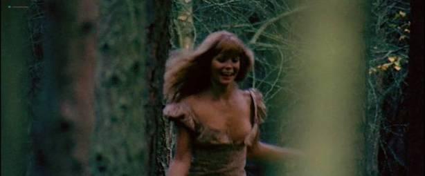 Neda Arneric nude skinny dipping and some sex - Venom (DE-1971) (5)