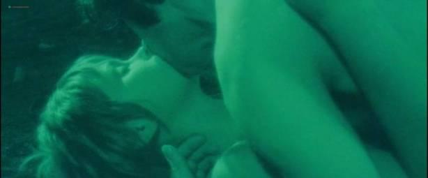 Neda Arneric nude skinny dipping and some sex - Venom (DE-1971) (3)
