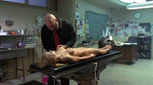 Paige Peterson nude bush others nude and hot - House of the Dead 2 (2005) HD 1080p Web (13)