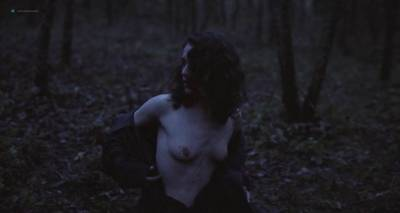 Roxane Mesquida nude Ariane Labed and Charlotte Masselin nude full frontal - Malgré la nuit (FR-2015) (16)