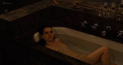 Roxane Mesquida nude Ariane Labed and Charlotte Masselin nude full frontal - Malgré la nuit (FR-2015) (5)