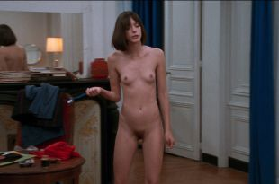 Stacy Martin nude full frontal and some sex - Le Redoutable (FR-2017) HD 1080p BluRay (5)