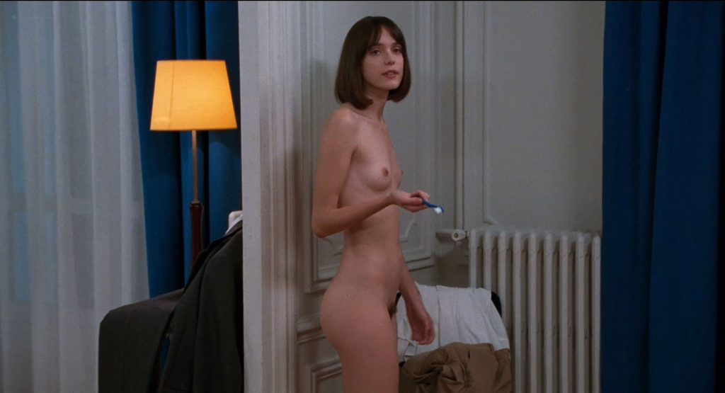 Stacy Martin nude full frontal and some sex - Le Redoutable (FR-2017) HD 1080p BluRay (4)