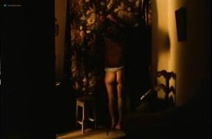 Teresa Madruga nude full frontal and some sex - Dans la ville blanche (PT-1983) (11)