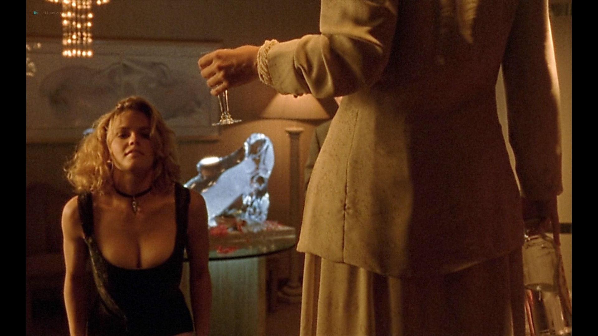 Elisabeth Shue nude topless sex - Leaving Las Vegas (1995) HD 1080p BluRay (16)