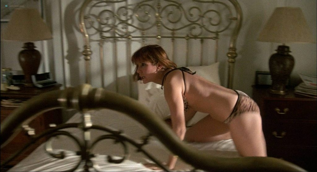 Lori Singer hot and sexy Carrie Fisher sexy underwear - The Man with One Red Shoe (1985) HD 1080p WEB (9)