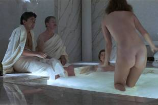 Sara Eckhardt nude butt Karen Kohlhaas nude and wet – Things Change (1988) HD 1080p WEB
