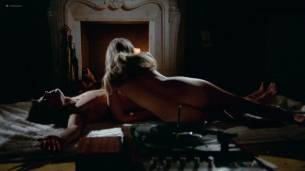 Analía Gadé nude butt and sex Rosanna Yanni topless sex threesome - El ojo del huracán (SP-1971) (9)