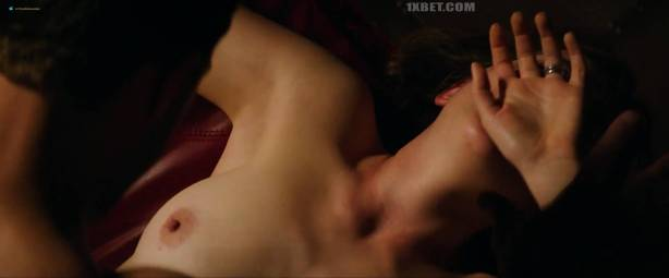 Dakota Johnson nude topless and lot of sex - Fifty Shades Freed (2018) HD 1080p (2)