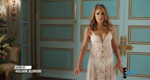 Elizabeth Hurley hot and Emily Barber sexy in lingerie - The Royals (2018) s04e06 HD 1080p web (11)