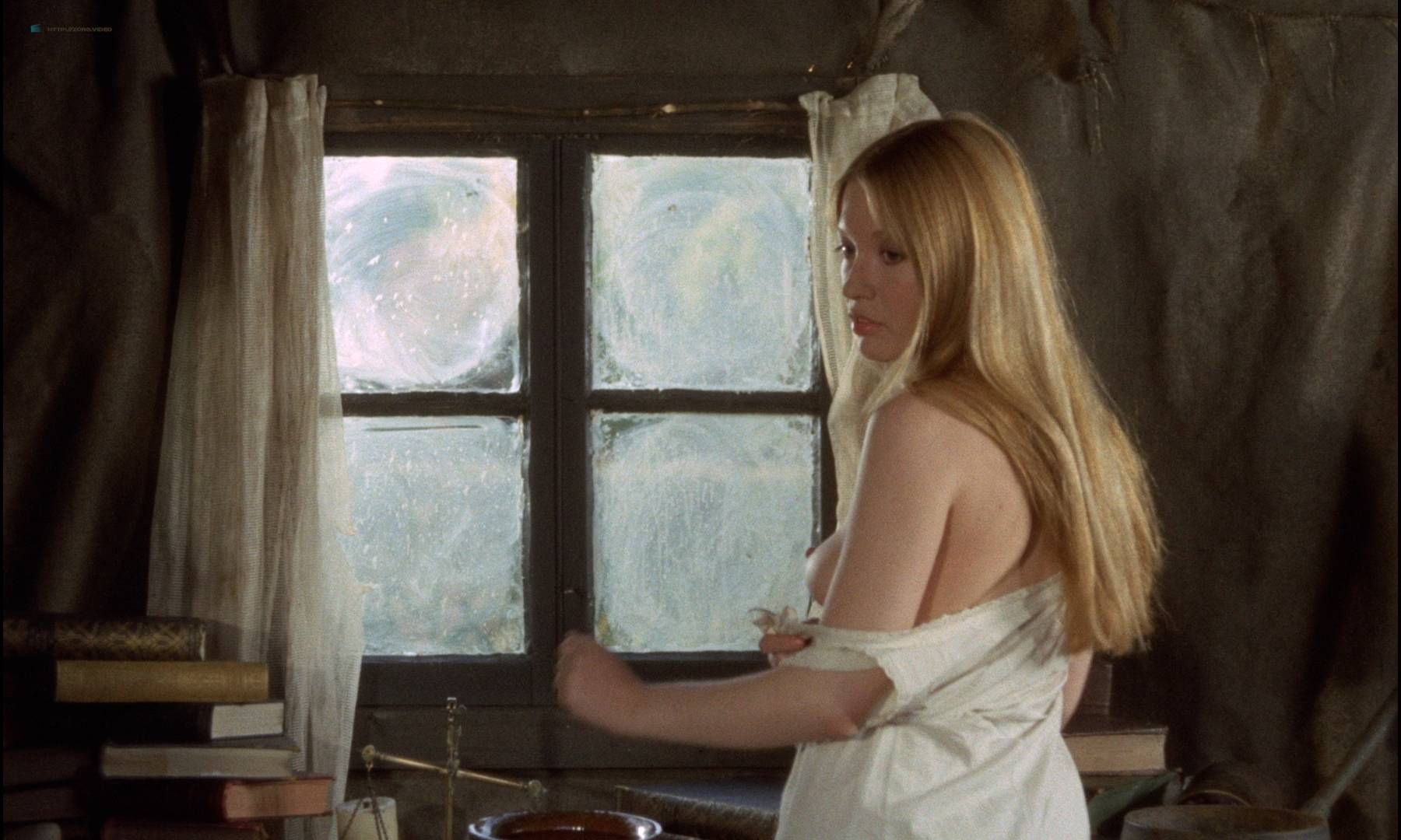 Gillian Hills nude topless Virginia Wetherell nude full frontal - Demons of the Mind (UK-1972) HD 1080p BluRay (12)