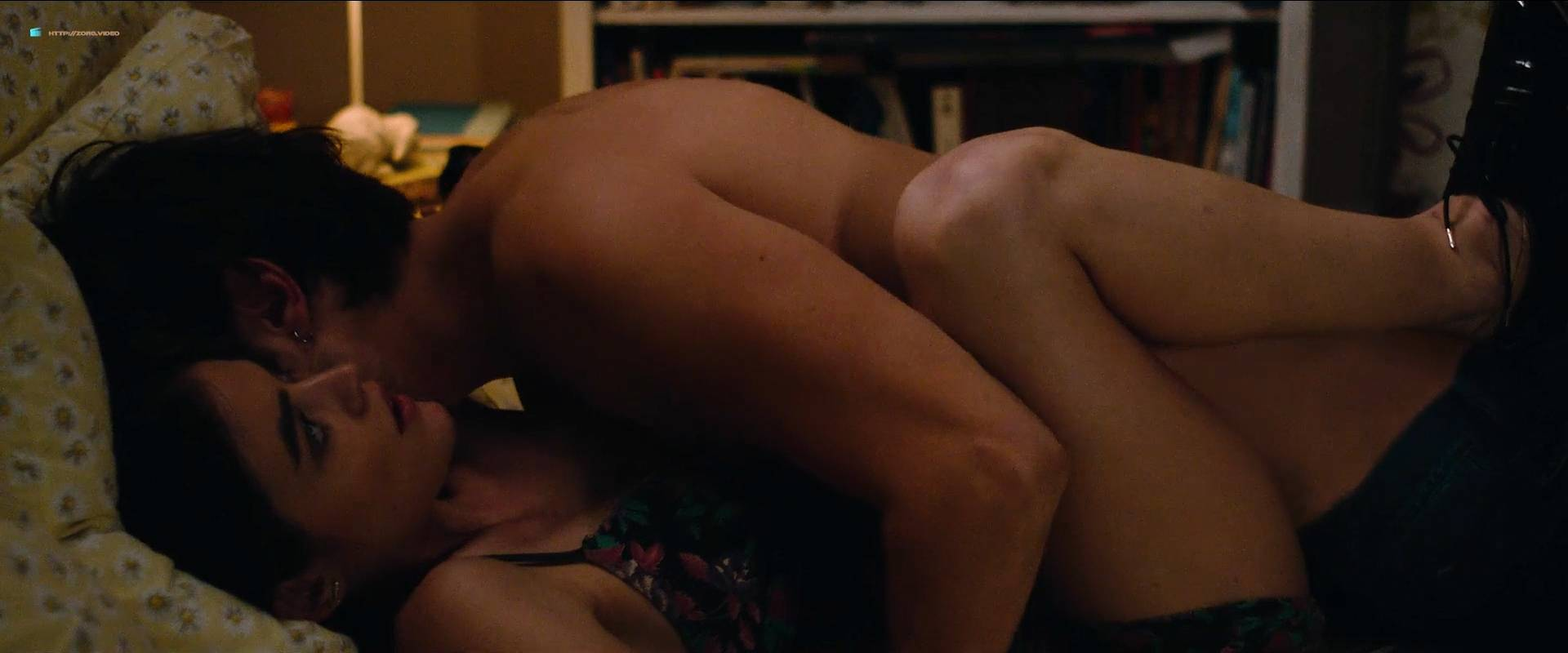 Lucy Hale nude topless and sex - Dude (2018) HD 1080p Web (2)