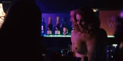 Mai Duong Kieu nude sex Paula Beer, Mathilde Irrmann, and others nude too - Bad Banks (2018) s1 HD 720p (10)