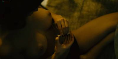 Mai Duong Kieu nude sex Paula Beer, Mathilde Irrmann, and others nude too - Bad Banks (2018) s1 HD 720p (5)