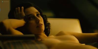 Mai Duong Kieu nude sex Paula Beer, Mathilde Irrmann, and others nude too - Bad Banks (2018) s1 HD 720p (4)