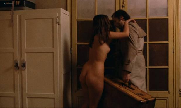 Marie Trintignant nude full frontal - Série Noire (FR-1979) HD 1080p BluRay (8)