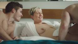 Natalie Joy Johnson bush sex threesome near explicit Alex Auder bush Nyseli Vega boobs - High Maintenance (2018) S2 HD 1080p (15)
