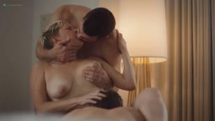 Natalie Joy Johnson bush sex threesome near explicit Alex Auder bush Nyseli Vega boobs - High Maintenance (2018) S2 HD 1080p